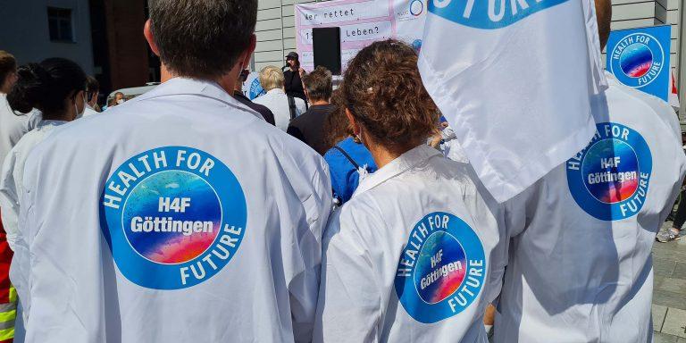 """""""Wer rettet 150.000 Leben?"""" - Health for Future Göttingen auf der DEmon in Berlin am 10. September 2021"""